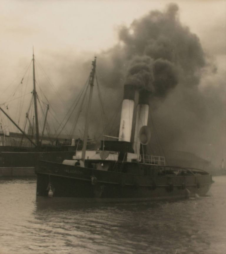 'The Tug'. A vintage gelatin silver photograph (visible image size 335 × 297 mm) on the original mount. John KAUFFMANN.