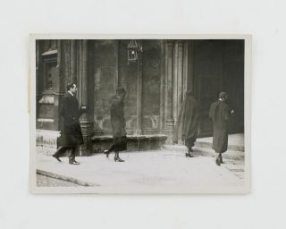 A vintage press photograph captioned on the verso 'The Nation's Last Homage to Marquess Curzon at Westminster Abbey ..'